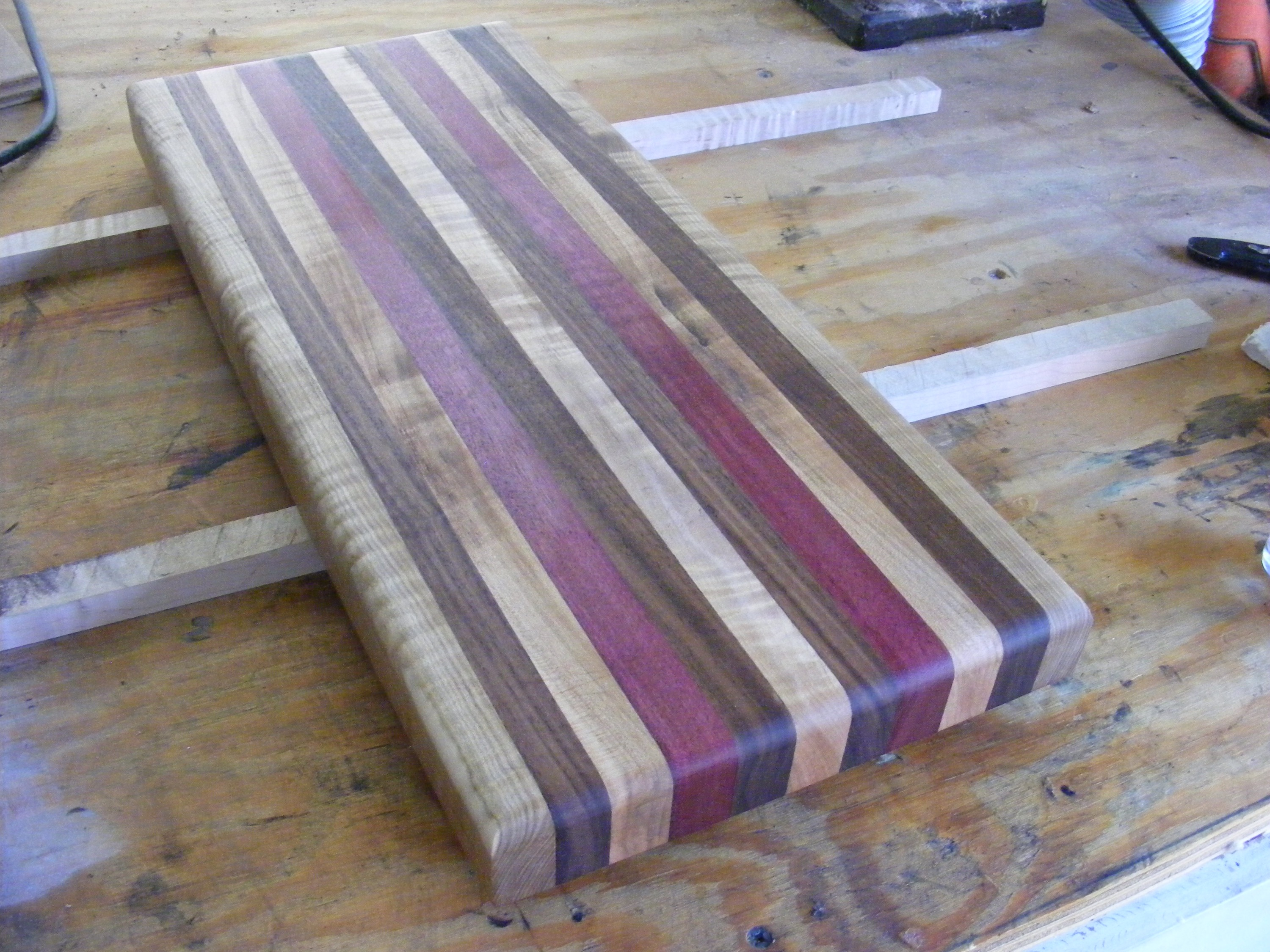Hardwood Cutting Boards ~ How to make your first wooden cutting board