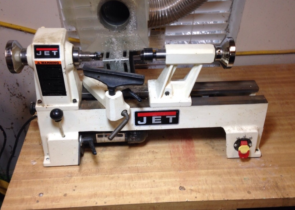 your guide for choosing a wood lathe