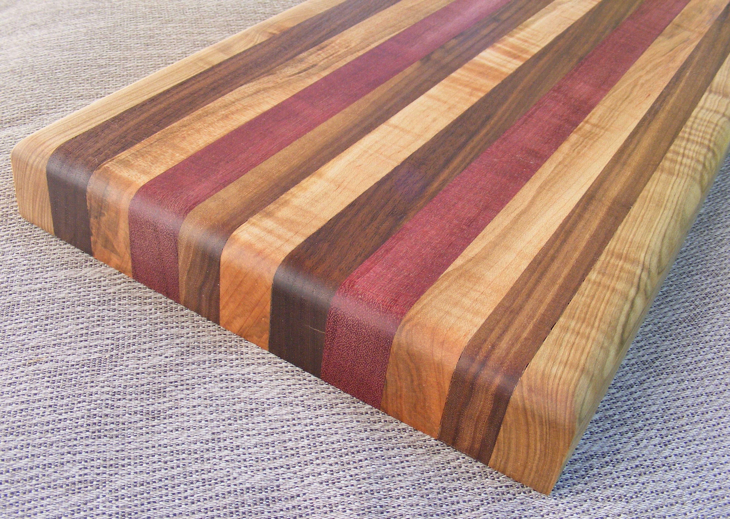 how to make your first wooden cutting board. Black Bedroom Furniture Sets. Home Design Ideas