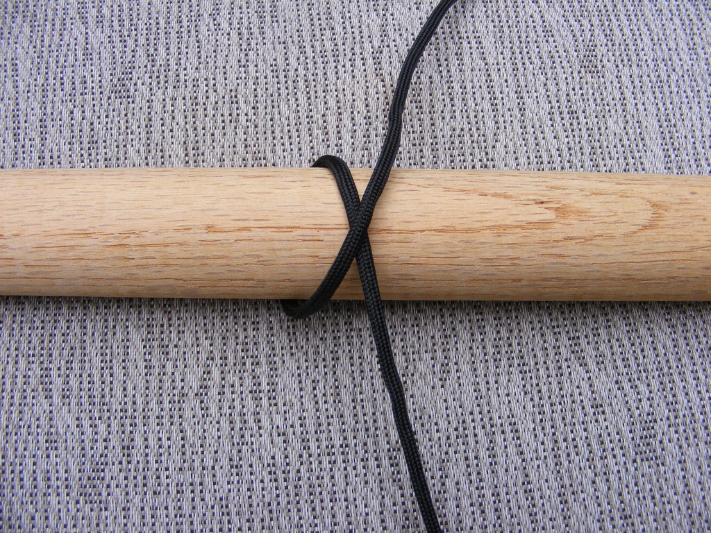 Make A Hiking Stick Paracord Wrap